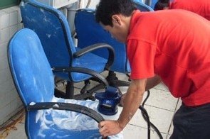 HOW TO CLEAN CHAIR
